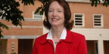 Photo of Faculty Emeritus Rhoda Billings ('66)