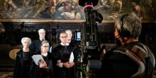 Photo of Professor Dick Schneider and Ruth Bader Ginsberg being filmed in Venice