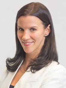 Photo of alumna, Julia Wicker Lee (JD '03)
