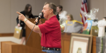 Photo of auctioneer at 2018 PILO Auction